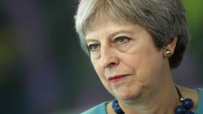 """""""Onwerkbaar"""" compromisvoorstel Theresa May doet spanning in Britse regering oplopen"""
