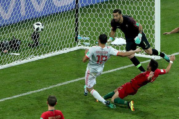 Diego Costa zorgde voor twee doelpunten bij Spanje.