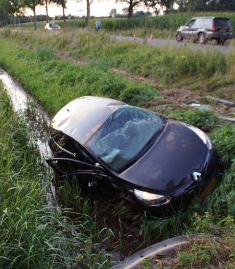 Veel schade bij botsing in buitengebied Aalten