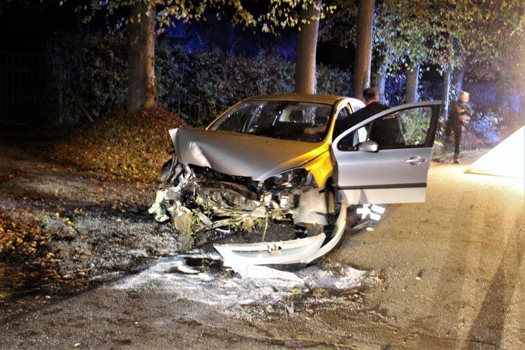 Brandweerpost Beringen moest de bestuurder uit het wrak komen bevrijden