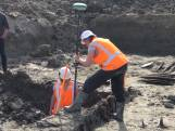 Resten van oude havenkade gevonden in Goes