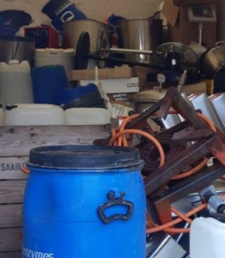 Compleet drugslab gevonden in van A12 geplukte vrachtwagen