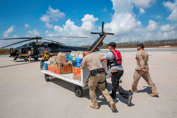 Les USA acheminent de l'aide depuis la Floride