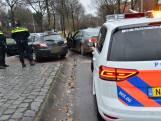 Auto's botsen op kruising in Breda, geen gewonden