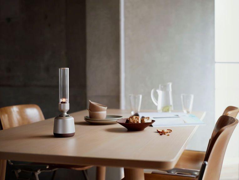 Sony presenteert een glazen speaker die eruit ziet als een kaarslichthouder