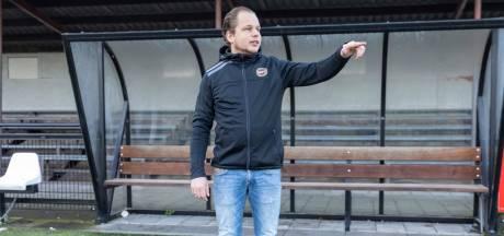 Rick Kolff (36) neemt een sprong in het diepe en maakt zijn debuut als hoofdtrainer bij Vuren