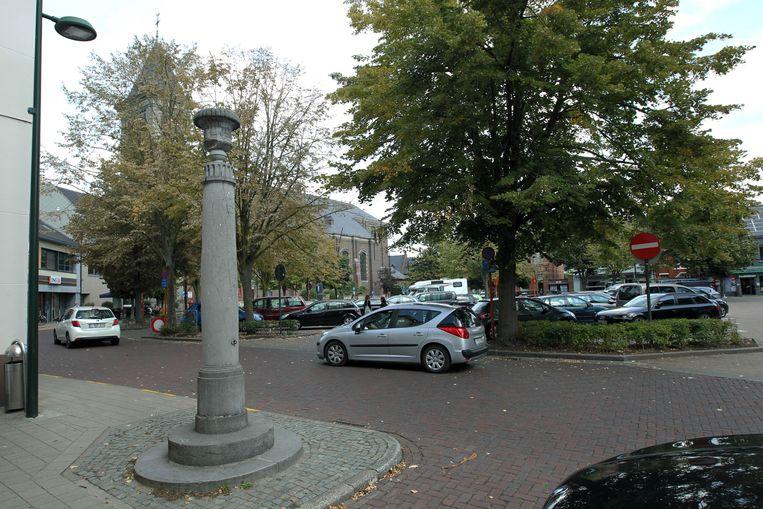 Sfeerbeeld van het dorpsplein van Evergem.