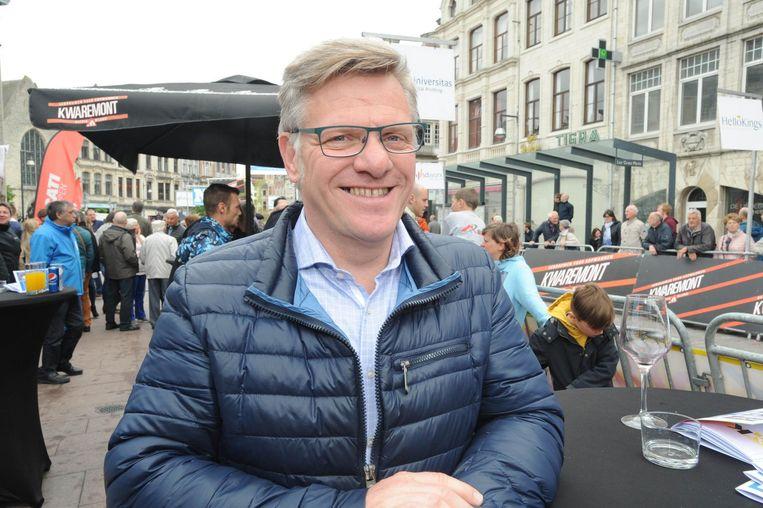 Ex-renner Wim Arras uit Lier mocht het startschot geven en was enthousiast over het evenement.
