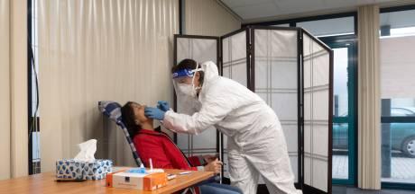 Verpleegkundige uit Huissen  begint eigen sneltestlocatie: 'Wachten op uitslag kostte mij als zzp'er geld'