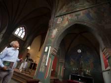 Kerkschilderingen van Onno's vader in Nieuw-Dijk behoren tot de parels van Nederland