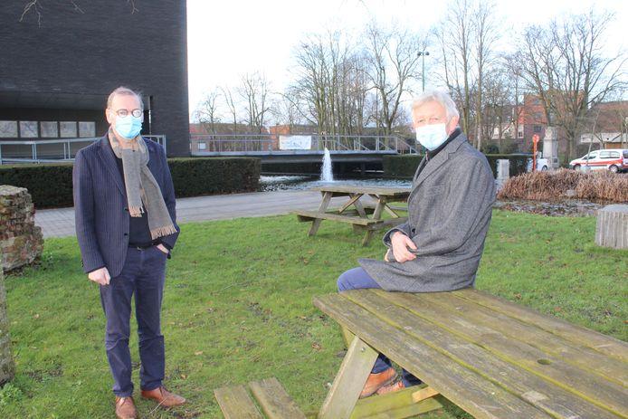 Burgemeester Philippe De Coninck en schepen Servaas Van Eynde stellen de plannen voor 2021 voor.