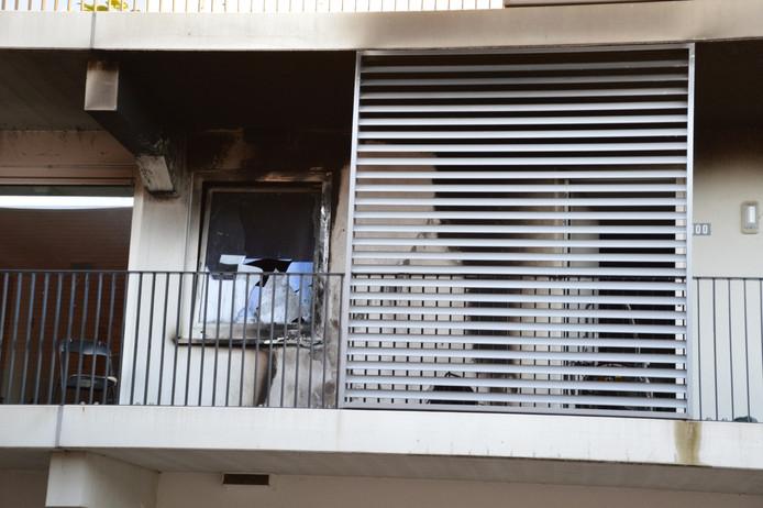 Door de brand is er veel schade aan de woning