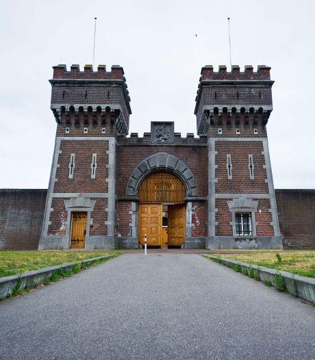 'Brandgevaar, intimidatie en angstcultuur in gevangenis Scheveningen'