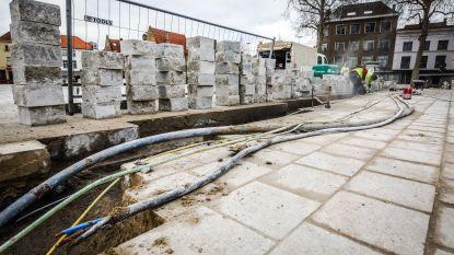 Wéér werken op 't Zand: plein opengelegd door defecte stroomkabel