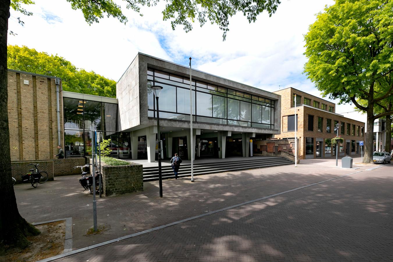 Gemeentehuis van Son en Breugel.