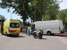 Botsing tussen wielrenner en bestelbus in Montfoort