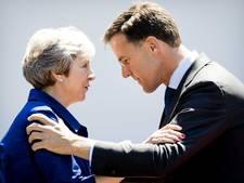 'May waarschuwt Rutte: zonder hulp is brexit-deal ten dode opgeschreven'