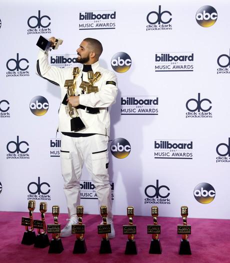 Drake grote winnaar bij Billboard Awards