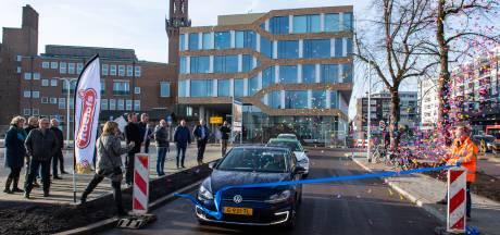 Gemeente Hengelo lapt confetti-verbod aan de laars