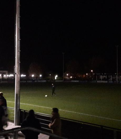 Derby Quick'20 - HSC'21 gestaakt: geen licht meer in Oldenzaal