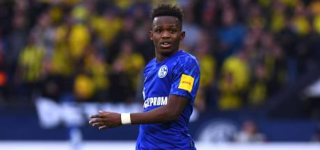 Schalke-speler maakt excuses voor dragen shirt aartsrivaal Dortmund