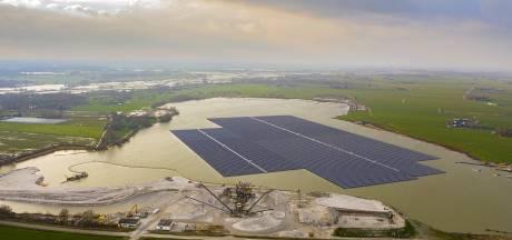 Vanaf volgende week kan elke Zwollenaar investeren in een stuk drijvend zonnepark