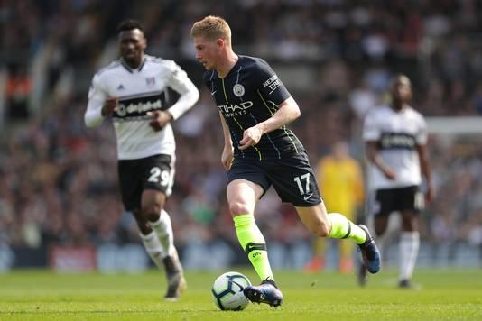 Kevin De Bruyne namens Manchester City in actie tegen Fulham.