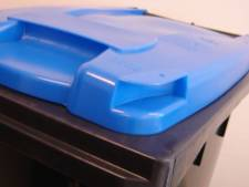 Nieuwkopers krijgen derde afvalbak voor papier