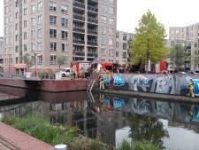 Vlijmscherp stuk staaldraad uit havenkom Almelo verwijderd