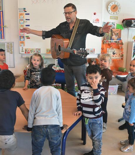 Kleutermeester Sjef: veertig jaar fluitend naar school