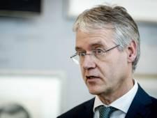 Minister Slob komt naar school in Oosterbeek om te praten over 'zorgen van leraren'
