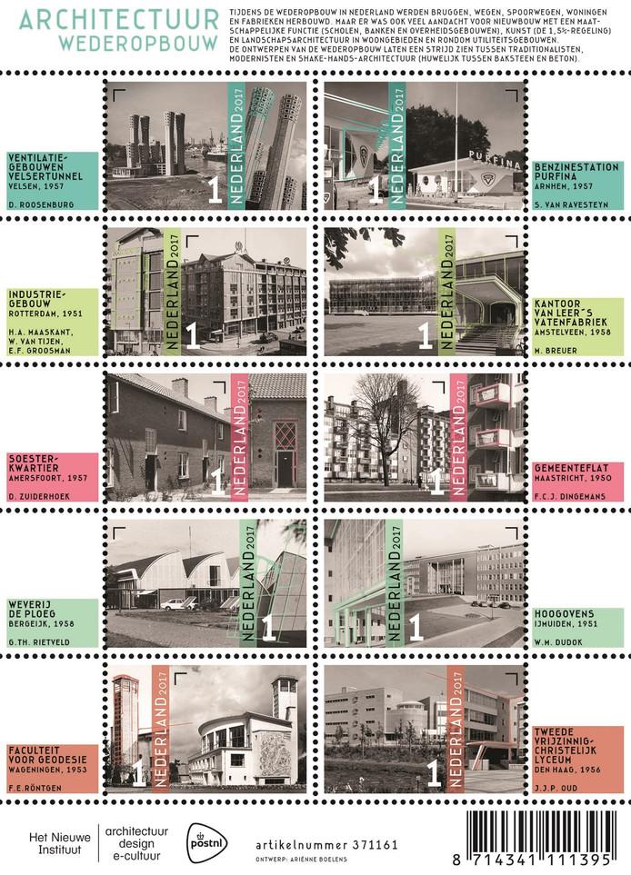 Het postzegelvel van PostNL met tien gebouwen uit de wederopbouwperiode.