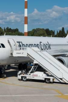 Le pilote renverse du café, l'avion contraint de faire demi-tour