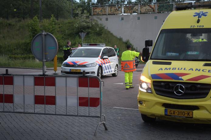 Een automobilist heeft met opzet een verkeersregelaar aangereden op de kruising Bezuidenhoutseweg -Achtseweg Zuid in Eindhoven.
