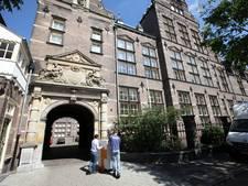 'Apetrots' op leerlingen die cum laude afstuderen