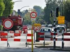 Dat wordt omrijden: Deldenerstraat in Hengelo afgesloten