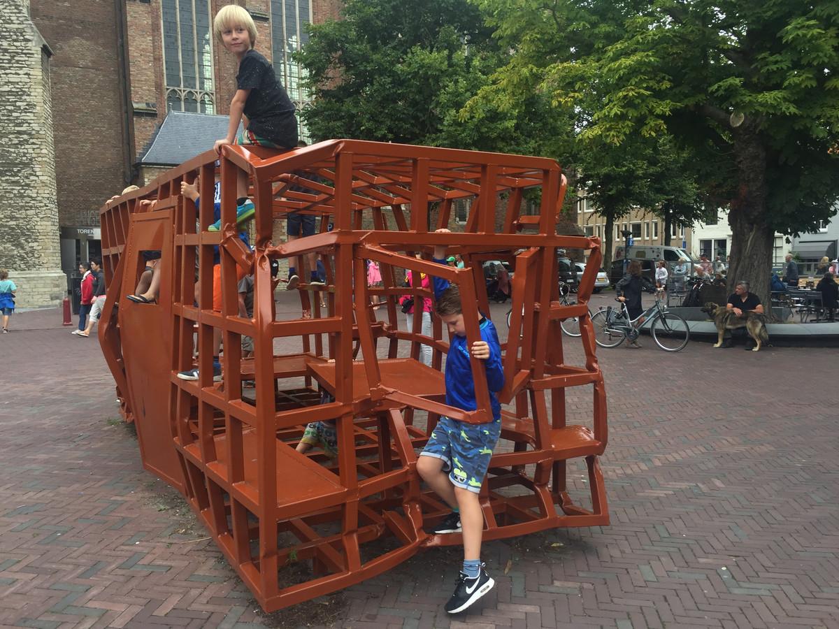 Het kunstwerk Huis, van Joep van Lieshout.