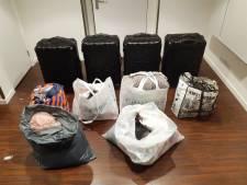 Drie vrouwen aangehouden om kledingdiefstal – totale buit: 6000 euro