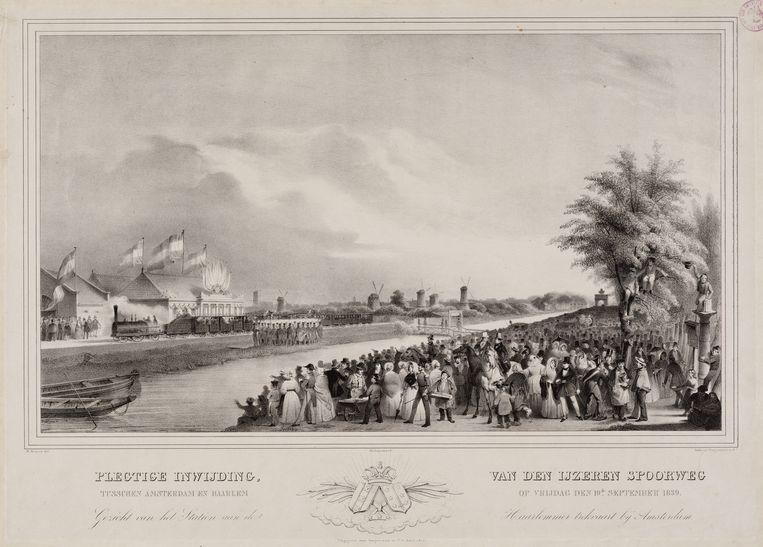 De eerste trein van de Hollandsche IJzeren Spoorweg-Maatschappij (HIJSM) vertrekt op 20 september 1839 van station d'Eenhonderd Roe bij Amsterdam naar Haarlem. Beeld Stadsarchief