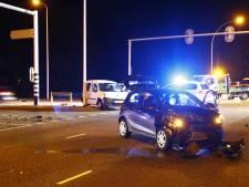 Auto's botsen op kruising IJsselallee-Spoolderbergweg Zwolle