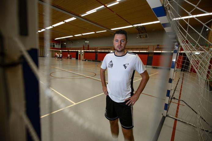 Jelbert Loosman denkt dat ZVV Urk te licht is voor een plaats in de top van de eerste divisie.