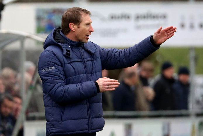 Arno Hoekstra heeft komend seizoen bij Berkum een bredere selectie tot zijn beschikking.