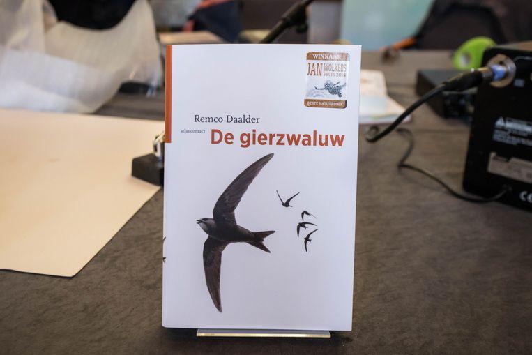 Het boek waarmee Daalder de prijs won, De Gierzwaluw. Beeld Cigdem Yuksel
