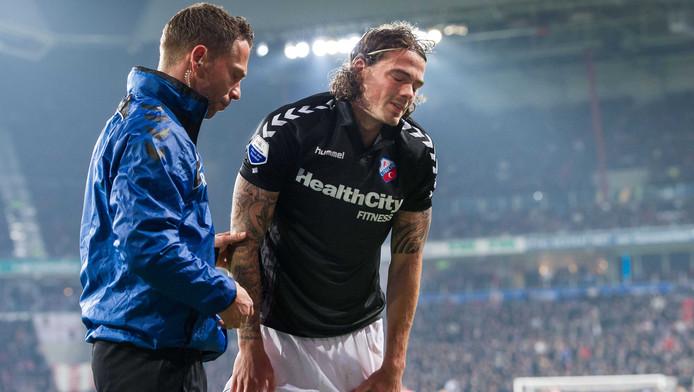 Dave Bulthuis viel geblesseerd uit tegen PSV.