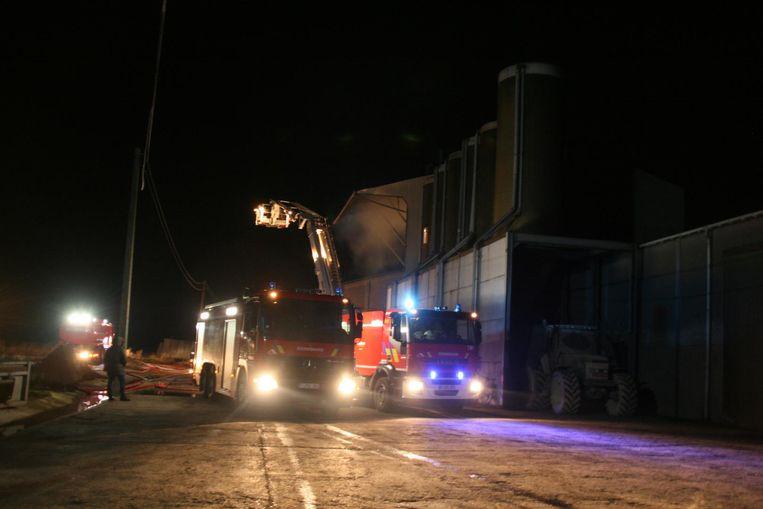 Hoewel de boer pas een miljoen investeerde in brandveiligheid brak gisterenmorgen opnieuw brand uit in de droogtoren.