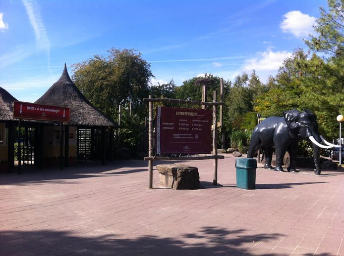De entree van het Safaripark met de grote olifant wordt helemaal vernieuwd.