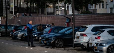 Meteen op de bon op Lage Markt, Oude Haven en Waalkade: op eerste avond al tientallen bekeuringen uitgeschreven