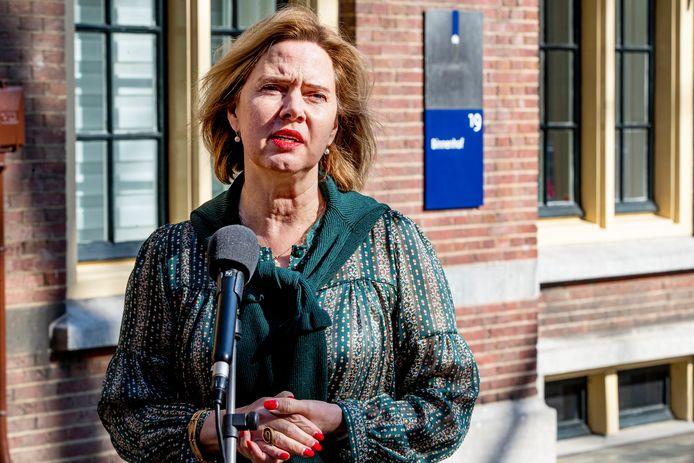 Minister Van Nieuwenhuizen van Infrastructuur en Waterstaat