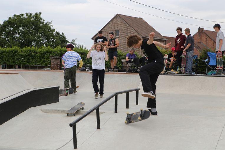 De skaters genieten met volle teugen.