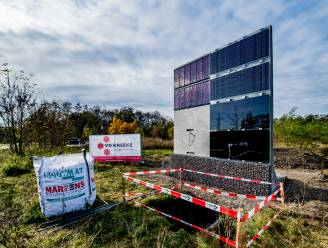 Vier kilometer aan geluidsschermen met zonnepanelen langs E403 in onderzoek
